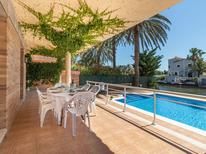 Holiday home 71328 for 9 persons in Empuriabrava