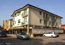 Holiday apartment 711032 for 8 persons in Eraclea Mare
