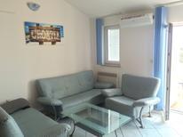 Ferienwohnung 711926 für 7 Personen in Novalja