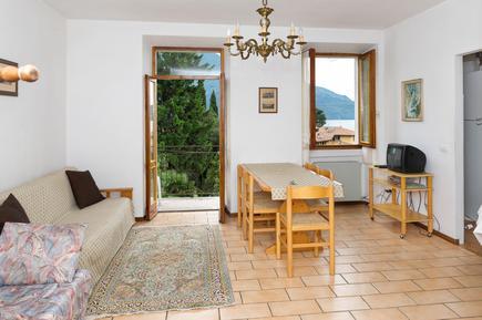 Für 6 Personen: Hübsches Apartment / Ferienwohnung in der Region Domaso