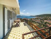 Holiday apartment 715272 for 6 persons in Slatine