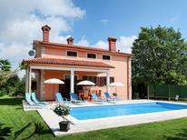 Vakantiehuis 721301 voor 8 personen in Santalezi