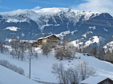 Für 13 Personen: Hübsches Apartment / Ferienwohnung in der Region Zillertal Arena