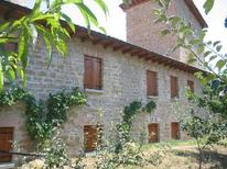 Appartement 725929 voor 1 volwassene + 9 kinderen in Pamplona