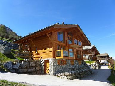 Gemütliches Ferienhaus : Region Wallis für 14 Personen