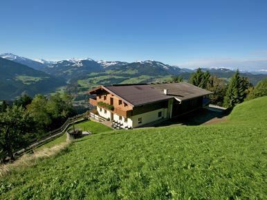Gemütliches Ferienhaus : Region Tirol für 11 Personen