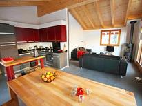 Ferienhaus 738341 für 6 Personen in Ovronnaz