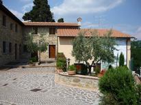 Ferienwohnung 738347 für 4 Personen in Montecarelli
