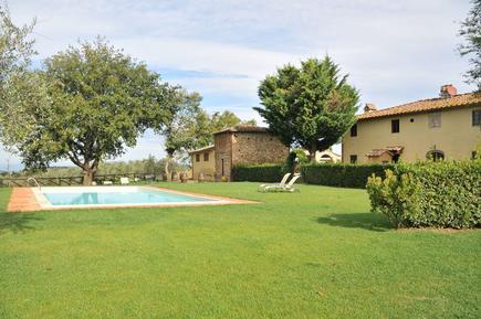 Für 4 Personen: Hübsches Apartment / Ferienwohnung in der Region Montefiridolfi