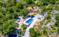 Ferienhaus 741486 für 4 Personen in Mrcevo