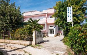 Für 5 Personen: Hübsches Apartment / Ferienwohnung in der Region Sveti Filip i Jakov
