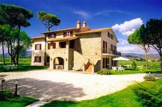 Ferienwohnung 742130 für 6 Personen in Castiglione del Lago