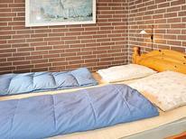 Villa 743098 per 4 persone in Henne