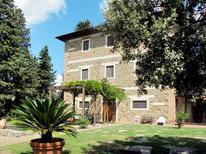 Vakantiehuis 743548 voor 18 personen in San Polo in Chianti