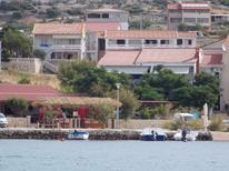 Ferienwohnung 748371 für 4 Personen in Kustići