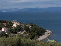 Ferienwohnung 749440 für 5 Personen in Postira