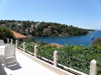 Ferienwohnung 749548 für 6 Personen in Splitska