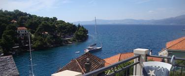 Ferienwohnung 749551 für 5 Personen in Splitska