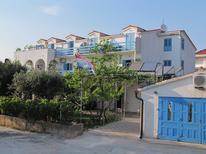 Appartement 750402 voor 5 personen in Sućuraj