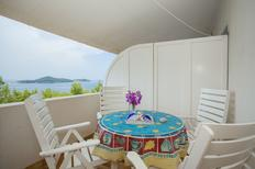 Holiday apartment 750639 for 5 persons in Priscapac
