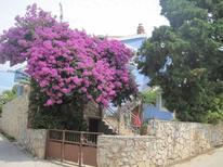Ferienwohnung 751345 für 5 Personen in Maslinica