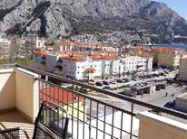 Holiday apartment 752735 for 5 persons in Omiš