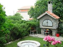 Holiday apartment 752872 for 7 persons in Pirovac