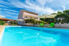 Ferienwohnung 753638 für 6 Personen in Privlaka