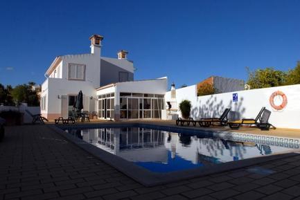 Gemütliches Ferienhaus : Region Algarve für 8 Personen
