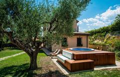 Dom wakacyjny 756448 dla 6 dorosłych + 1 dziecko w Mondolfo