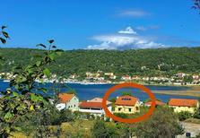 Ferienwohnung 759713 für 4 Personen in Supetarska Draga