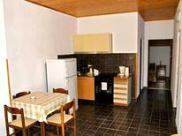 Appartement 760420 voor 4 personen in Fažana