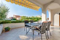 Mieszkanie wakacyjne 760497 dla 5 osób w Poreč