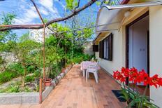 Ferienwohnung 760688 für 3 Personen in Barbat na Rabu