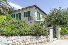 Holiday apartment 761003 for 4 persons in Hvar