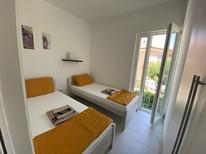 Ferienwohnung 761814 für 5 Personen in Grebastica