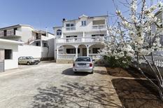 Appartement 762012 voor 4 personen in Pirovac