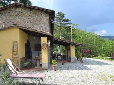Für 4 Personen: Hübsches Apartment / Ferienwohnung in der Region Pescia