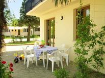 Appartement 763594 voor 4 personen in San Benedetto