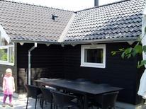 Ferienwohnung 764309 für 8 Personen in Høl