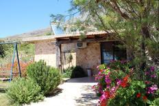 Maison de vacances 765003 pour 5 personnes , Triopetra
