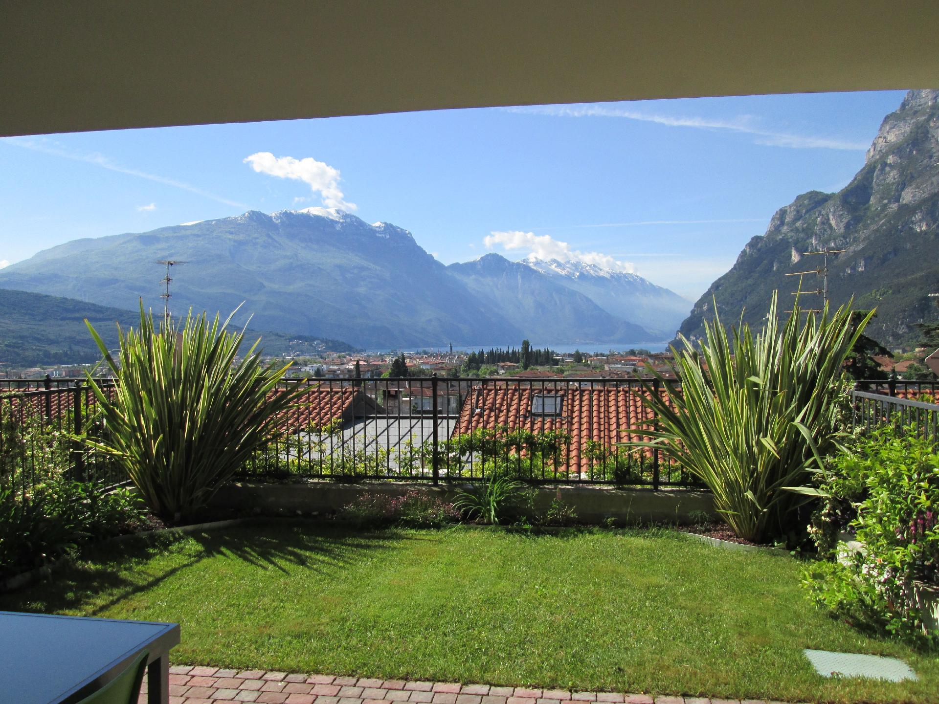 Ferienwohnung für 6 Personen ca. 65 m² i   Riva del Garda
