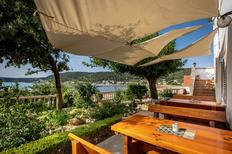 Ferienwohnung 767648 für 5 Personen in Supetarska Draga