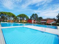 Appartement 770135 voor 5 personen in Bibione