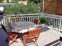 Ferienwohnung 771364 für 4 Personen in Milna auf Hvar