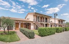 Ferienwohnung 771647 für 4 Personen in Sorano