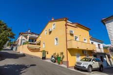 Appartement 773454 voor 5 personen in Crikvenica