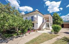 Appartement 773486 voor 5 personen in Novi Vinodolski