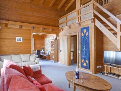 Gemütliches Ferienhaus : Region Wengen für 10 Personen