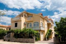 Apartamento 777800 para 4 adultos + 1 niño en Šilo
